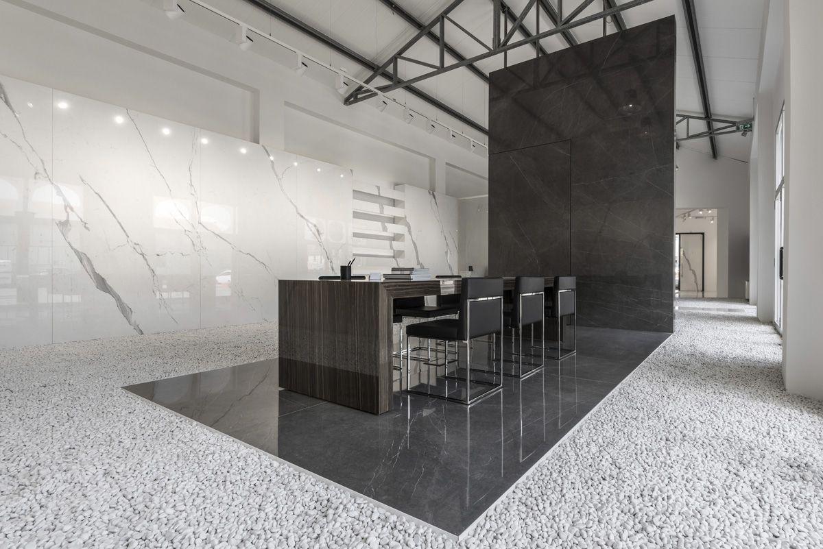 Showrooma Ariostea Floor And Wall Covering Shop In Carrara