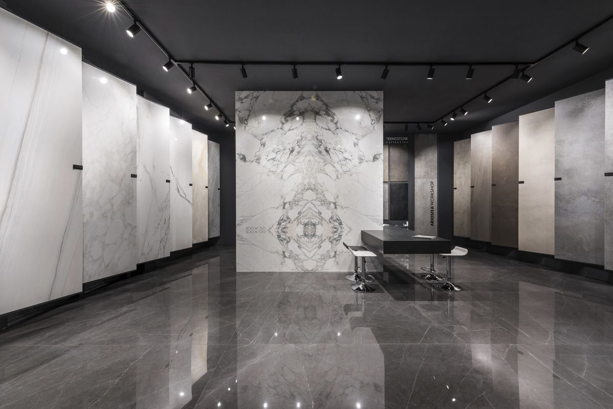 Showroom Naples Ariostea
