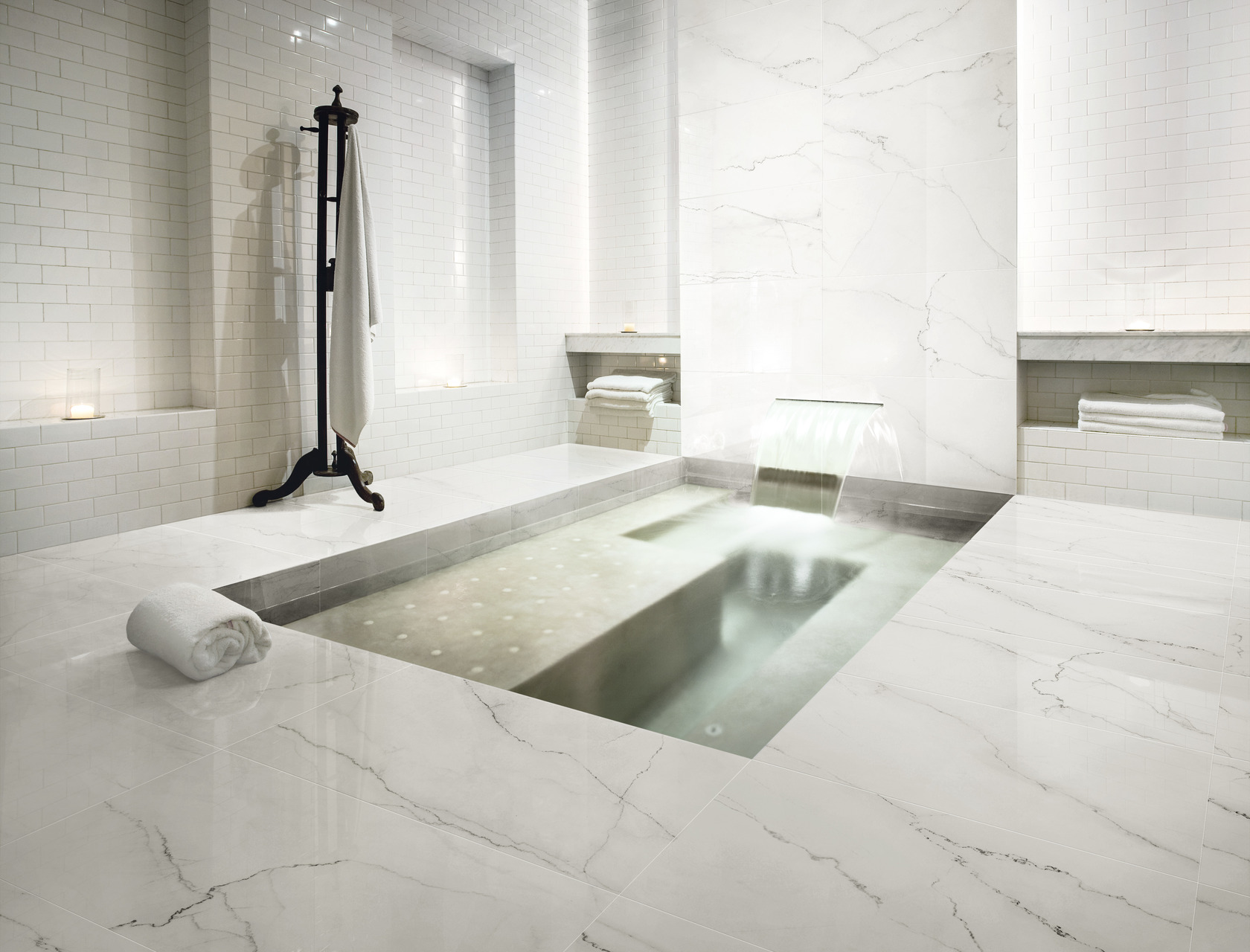 Marble Effect Porcelain Tiles Calacatta Lincoln