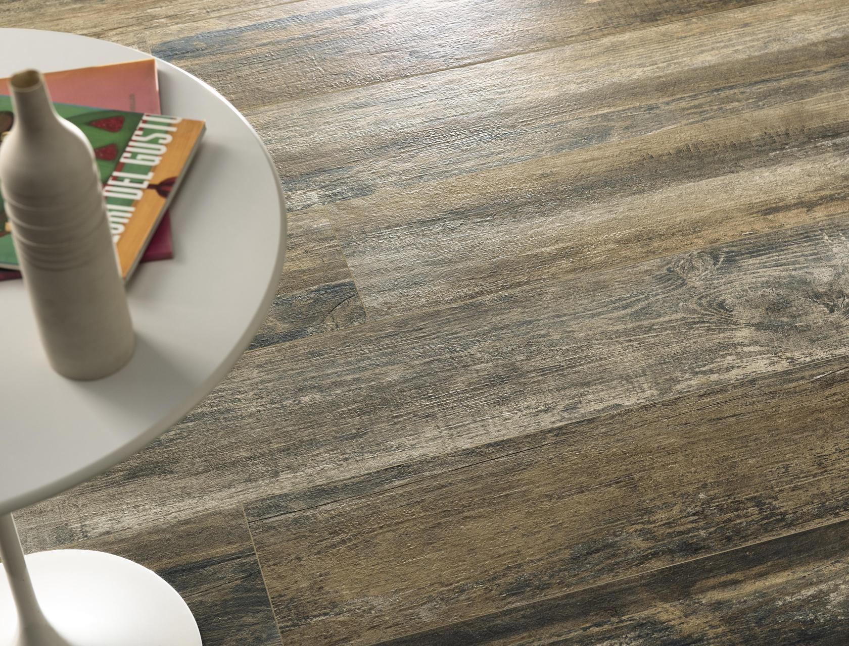 Wood Effect Porcelain Tiles Rust