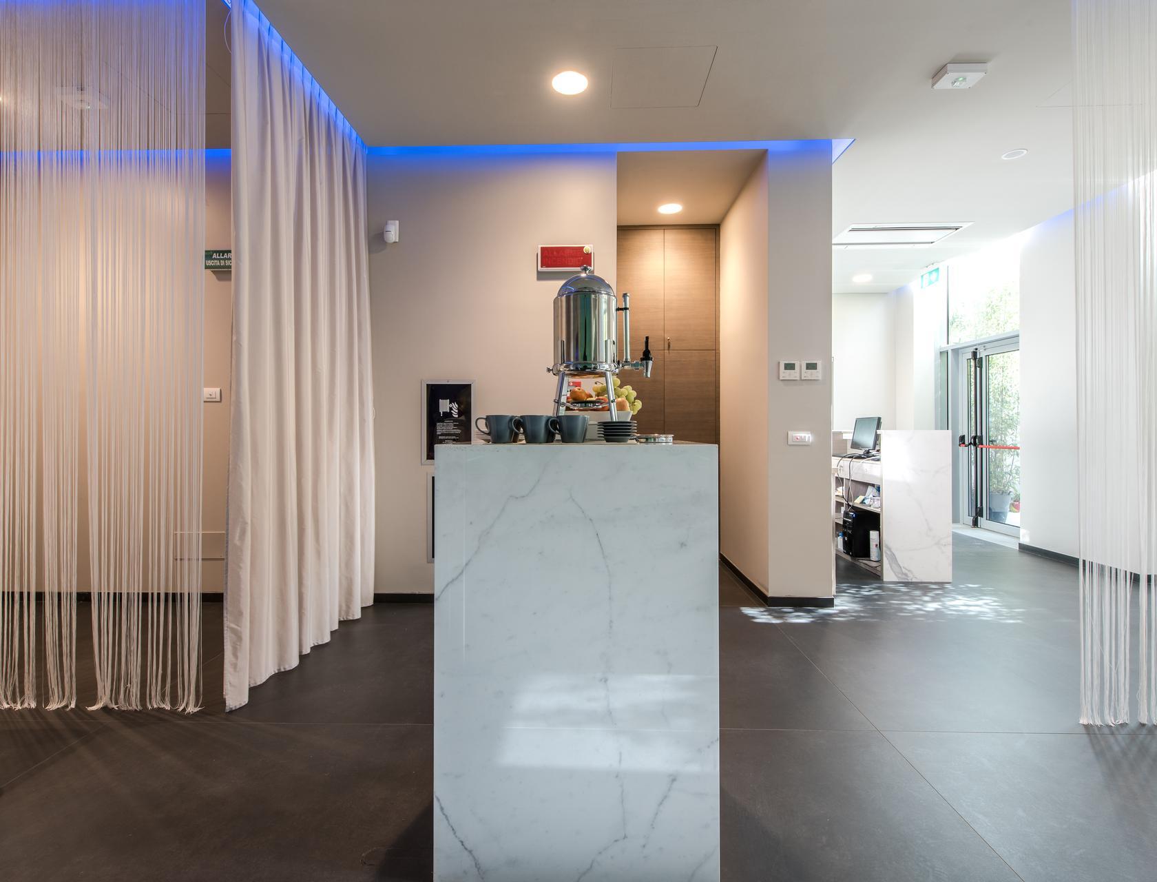 Arredamento Country Torino.Beauty Center Hotel Encore Ramada Hotel Spa Wellness