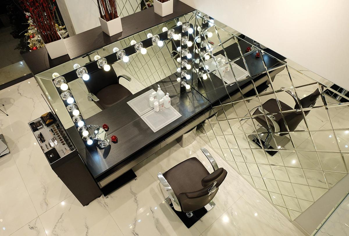 make up studio brow bar shops and showrooms ariostea. Black Bedroom Furniture Sets. Home Design Ideas